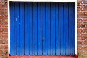 garage-door-742603_1280