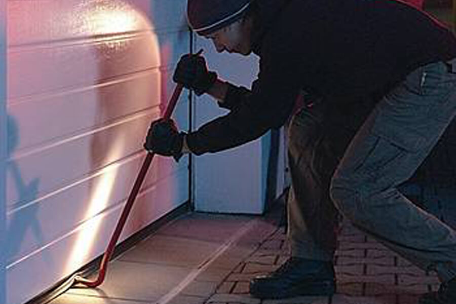 Don't Overlook your Garage Door Security | Stay secure with GDR